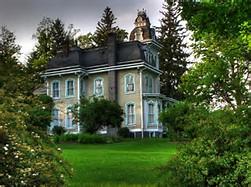 La maison ancienne rénovée, un rêve peut-être accessible.